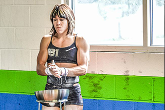 Iron Athlete Tiffany Hendrickson Getting Ready For A Competition